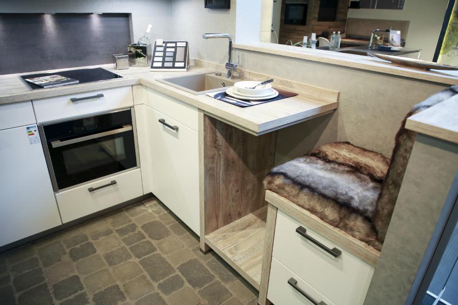 kulinario k chen wir sind extrem pers nlich k chenplaner magazin. Black Bedroom Furniture Sets. Home Design Ideas