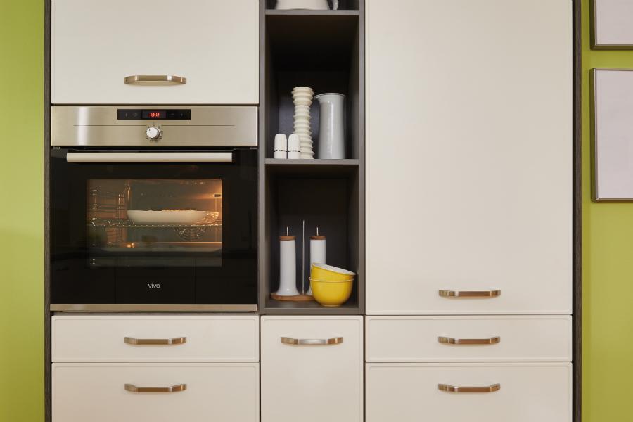 gr n wie der ozean k chenplaner magazin. Black Bedroom Furniture Sets. Home Design Ideas