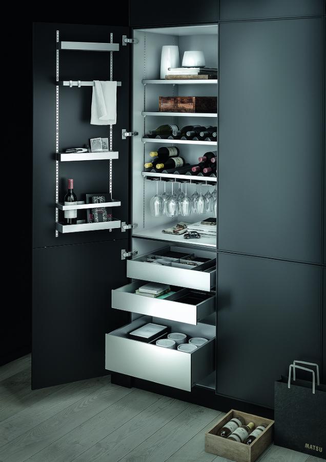 schrank puristisch offen die neuesten innenarchitekturideen. Black Bedroom Furniture Sets. Home Design Ideas