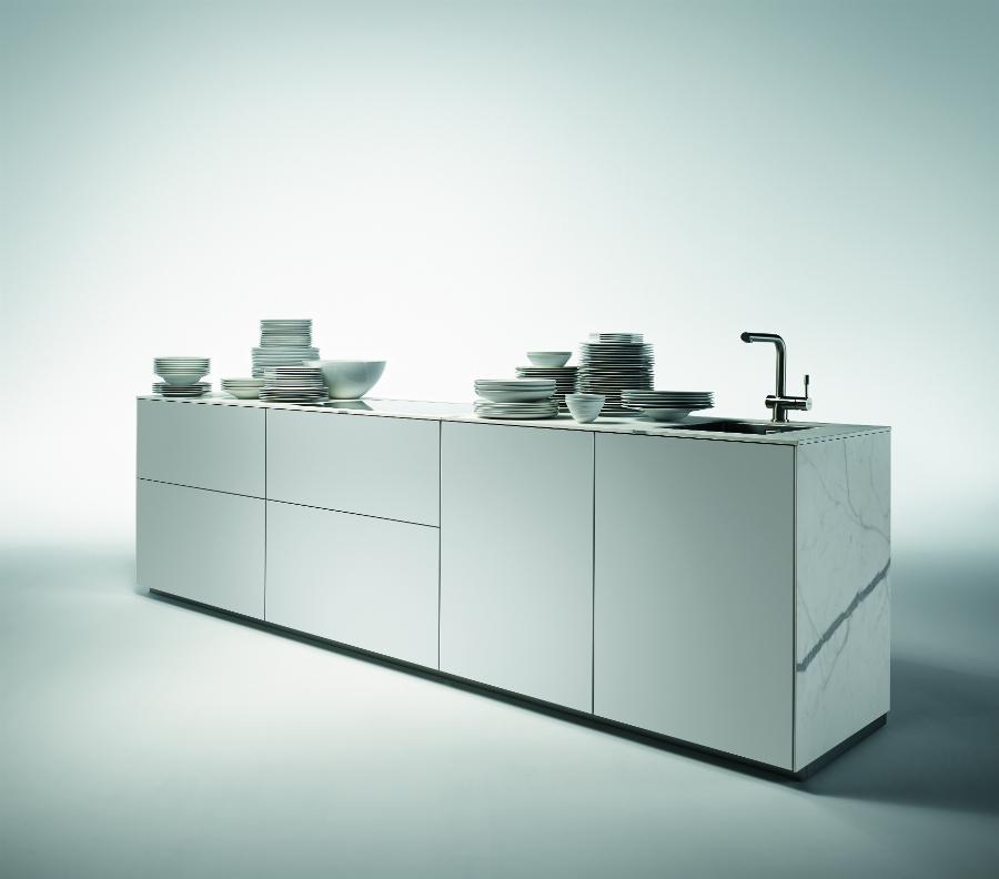 Korpushohe kuche for Hoffner kuchenplaner
