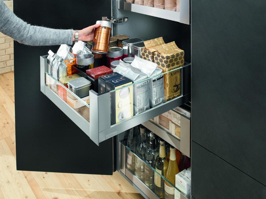 space tower im neuen design k chenplaner magazin. Black Bedroom Furniture Sets. Home Design Ideas