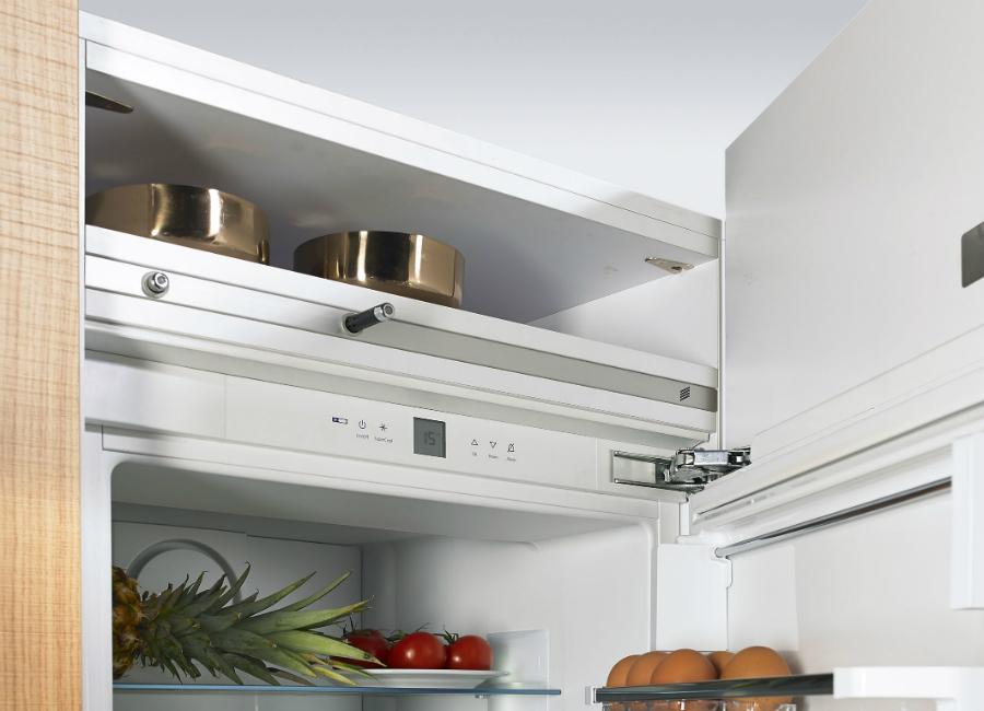 Kühlschrank Einlegeboden : Den einbau kühlschrank grifflos öffnen: küchenplaner magazin