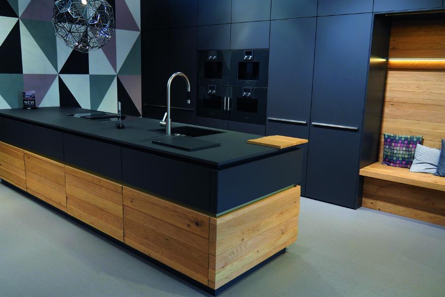 Leicht zeigt eigenständige Raumkonzepte: Küchenplaner-Magazin