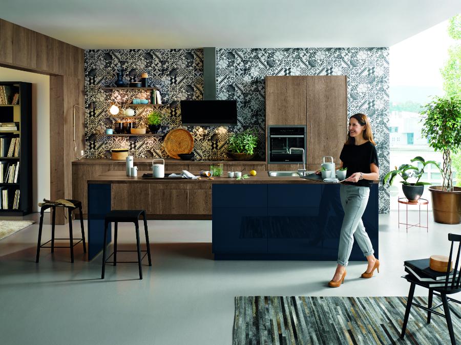 durchg ngig gestaltet k chenplaner magazin. Black Bedroom Furniture Sets. Home Design Ideas