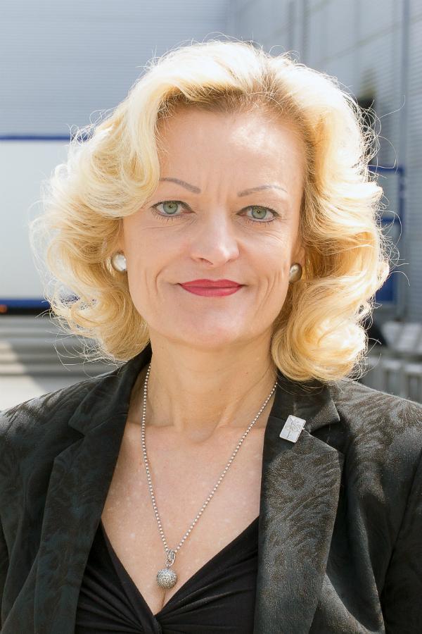 Heidrun Brinkmeyer Neu Im Vorstand Der A30 Kuchenmeile Kuchenplaner