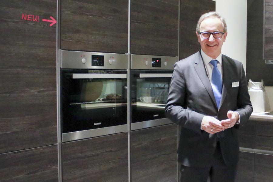 Express Küchen macht sich schlank: Küchenplaner-Magazin