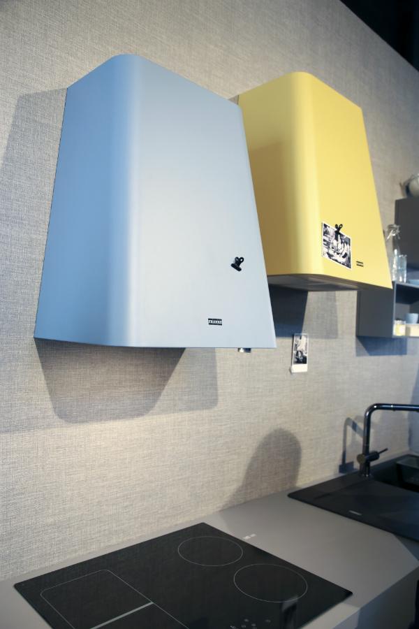 dunstabzug f r schrank und wand k chenplaner magazin. Black Bedroom Furniture Sets. Home Design Ideas