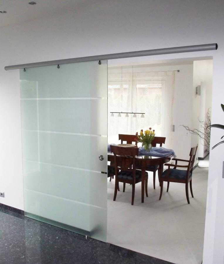Glas bringt Struktur in große Räume: Küchenplaner-Magazin