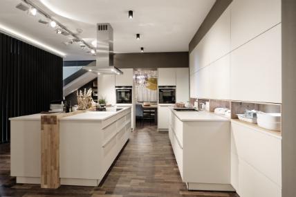 k chen schaffrath k ln freesmal scharnieren zelf maken. Black Bedroom Furniture Sets. Home Design Ideas