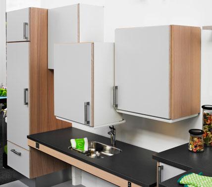 mobiles mobiliar auf knopfdruck komfort k chenplaner magazin. Black Bedroom Furniture Sets. Home Design Ideas