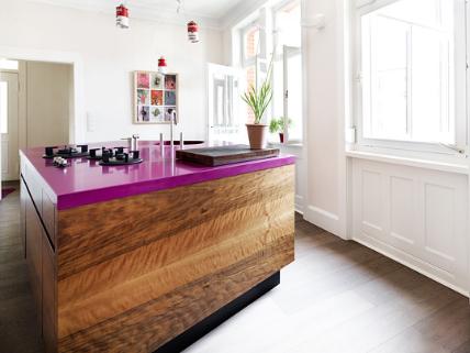 schorn groh nussbaum trifft magenta k chenplaner magazin. Black Bedroom Furniture Sets. Home Design Ideas