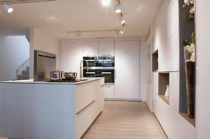 Warendorf: Neugestalteter Showroom in Mailand: Küchenplaner-Magazin